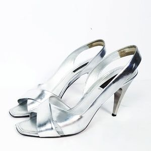 Louis Vuitton silver metallic heel sandals size40